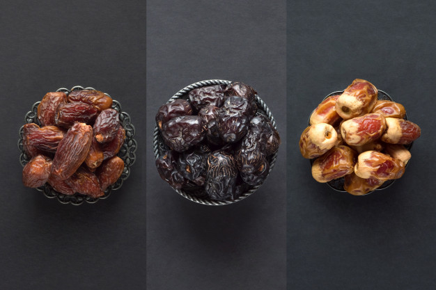 What is the best way to eat dates (fruit)?
